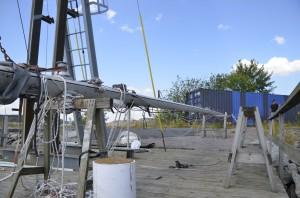 Mast ready to be raised